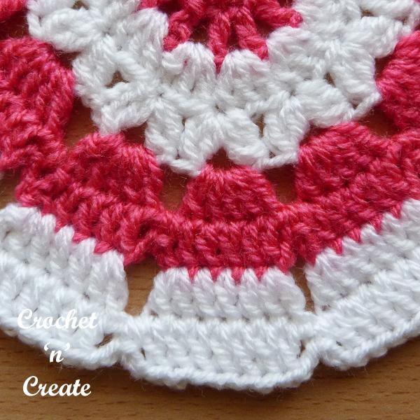 circular small doily-600-10