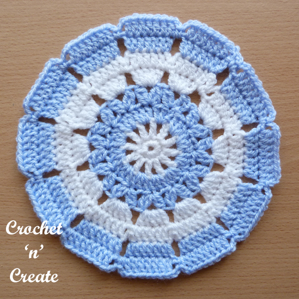 small crochet doily-600-6
