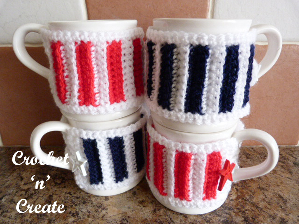 buttoned mug cosy