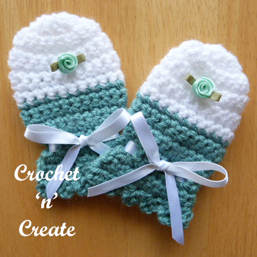 scratch mitts green