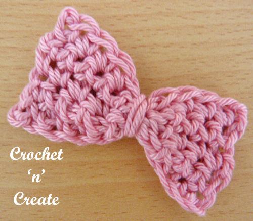 Free small bow crochet pattern