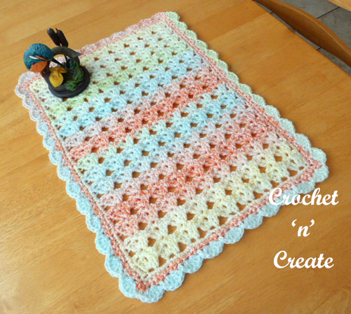 crochet centre mat