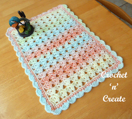 crochet table center mat