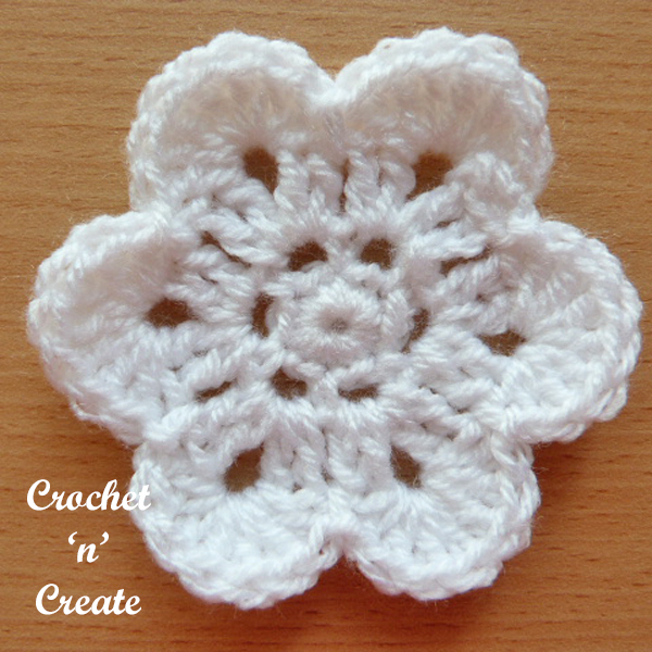 curved edge flower-6a