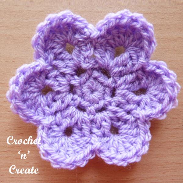 curved edge flower-6e