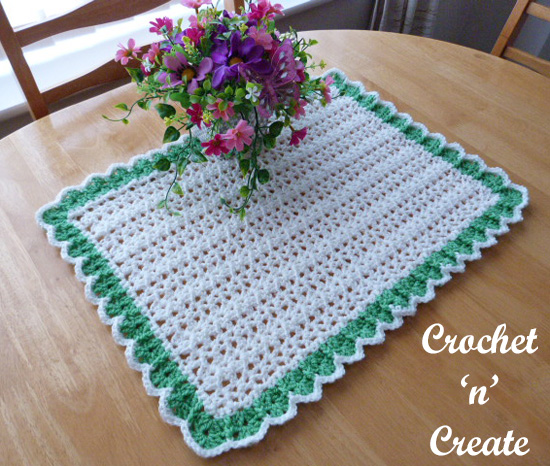 crochet dining table mat