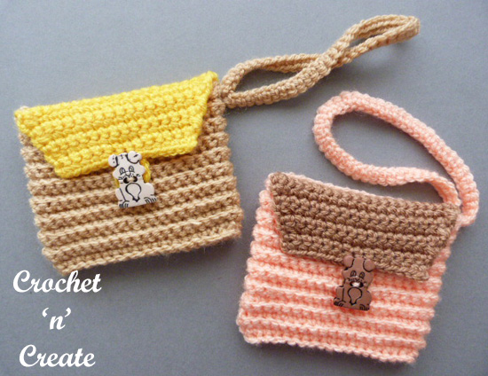 crochet ribbed wrist purse