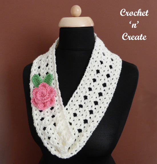 crochet cowl-rose corsage uk