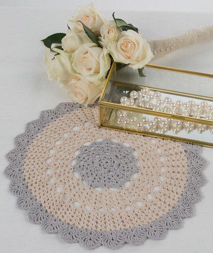 crochet pretty doilies