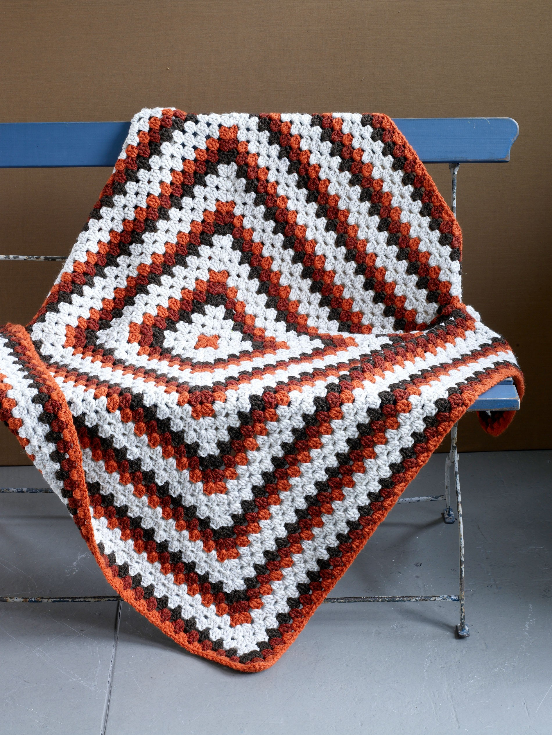 Grand-Granny-Square-Afghan