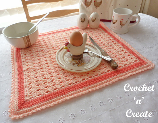 crochet sunshine placemat