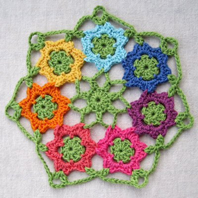 Pretty crochet doily roundup