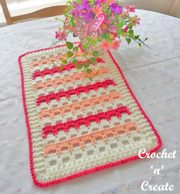 Free crochet pattern-table mat uk