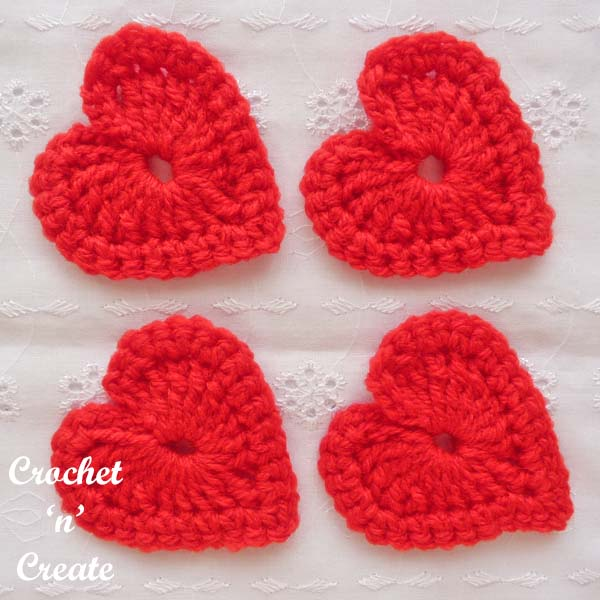 love heart motif free crochet pattern