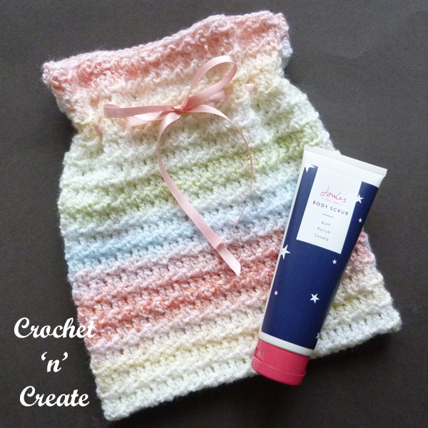 Crochet travel sponge bag pattern