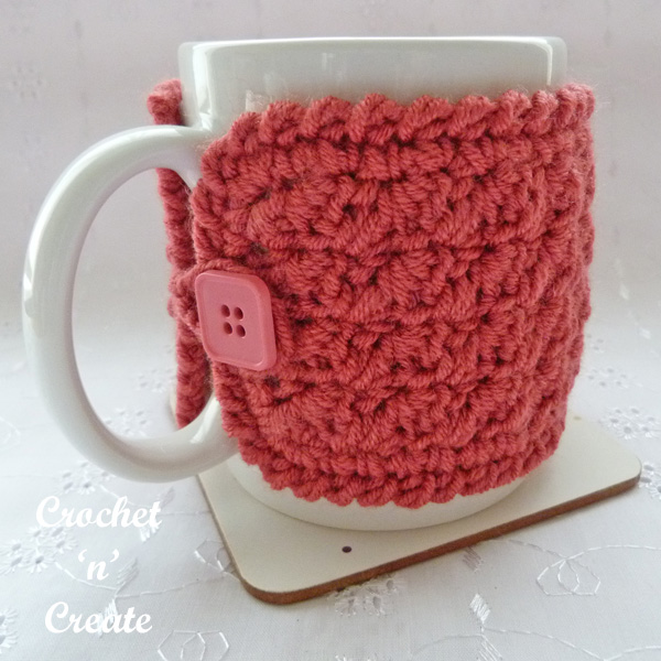 Simple textured mug cozy