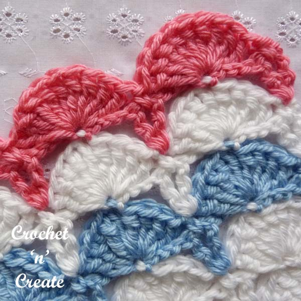 Free crochet tutorial peacock fan stitch