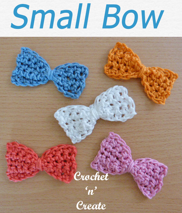 Pretty small bow free crochet pattern use on mug cosies, placemats, coasters or make it into a hair clip. #crochetncreate