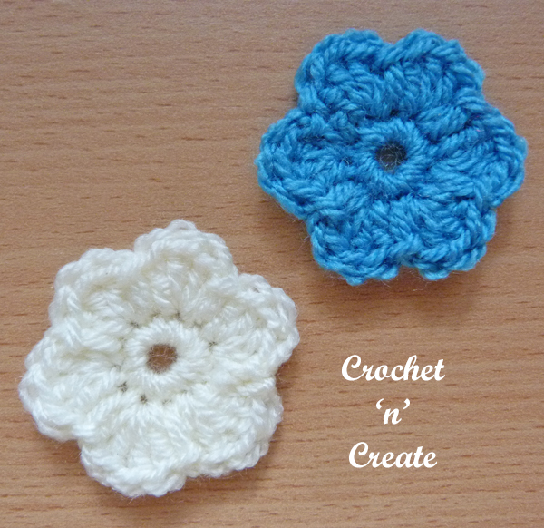 little dinky flower applique uk3