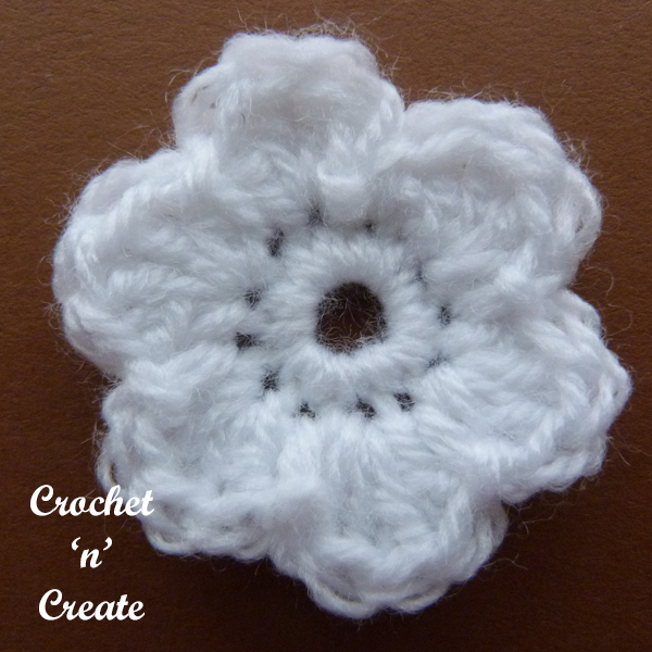 Crochet dinky flower applique5