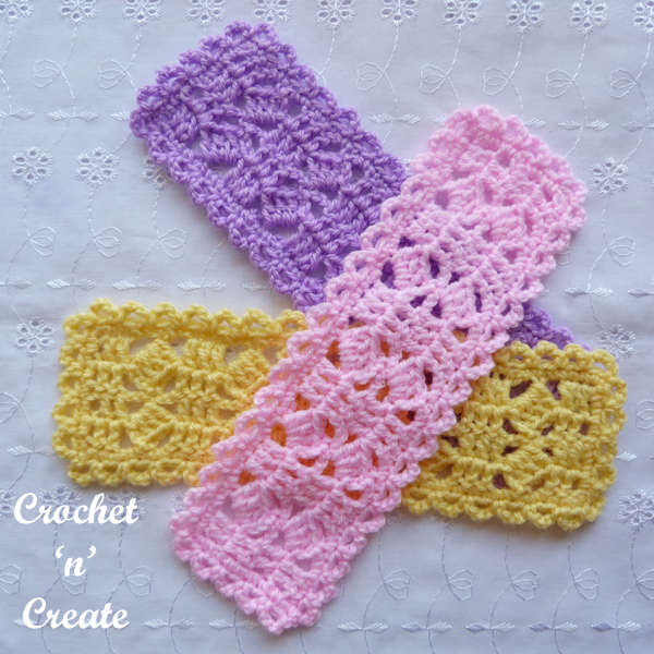 free little boxes crochet bookmark2