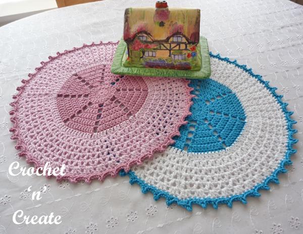 two circular table mats