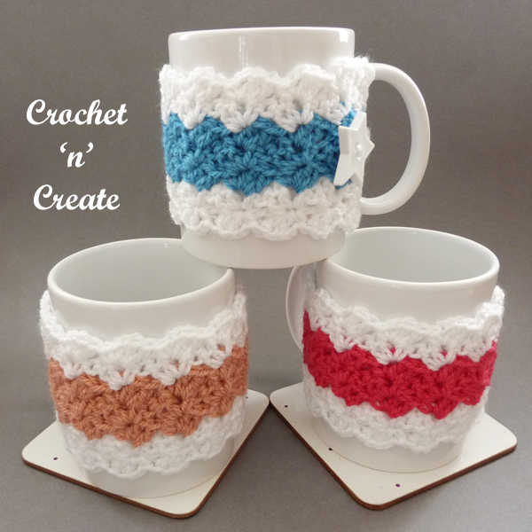 crochet paris mug cozy