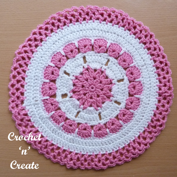 crochet lacy edge doily