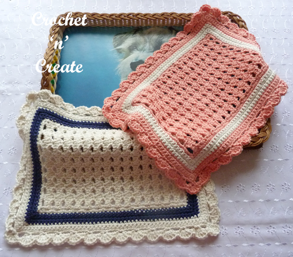 two mats-tray