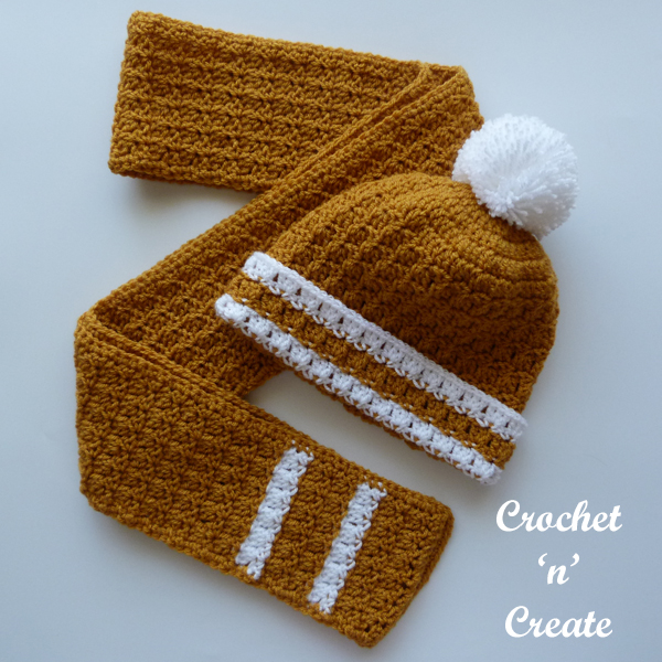 bobble hat-scarf