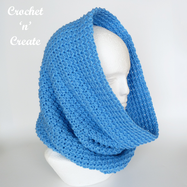 crochet warm hooded cowl
