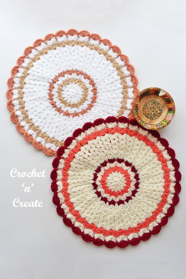 cluster doily mat